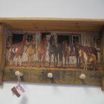 24 Horses at the Barn peg