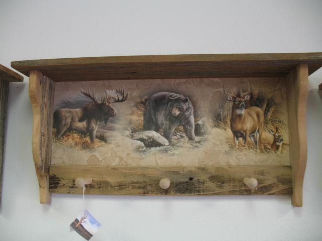 61 Moose Bear Deer Peg