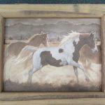 70 New Horses box