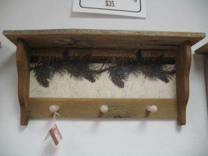12 Pinecones peg