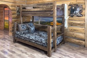 Homestead Twin/Full Bunk Bed (Stained)