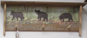Rustic 3 peg 3 Bear Cubs