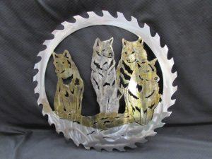 4 Wolves in Sawblade 272