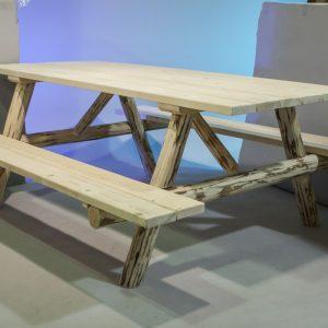 CC Log Picnic Table (RTF)